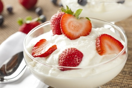 Greek yogurt with fruits